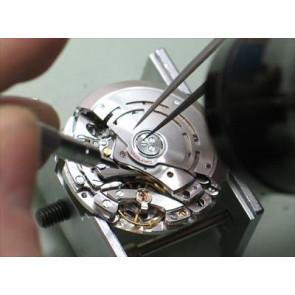 Remplacement des mouvements de montre avec date